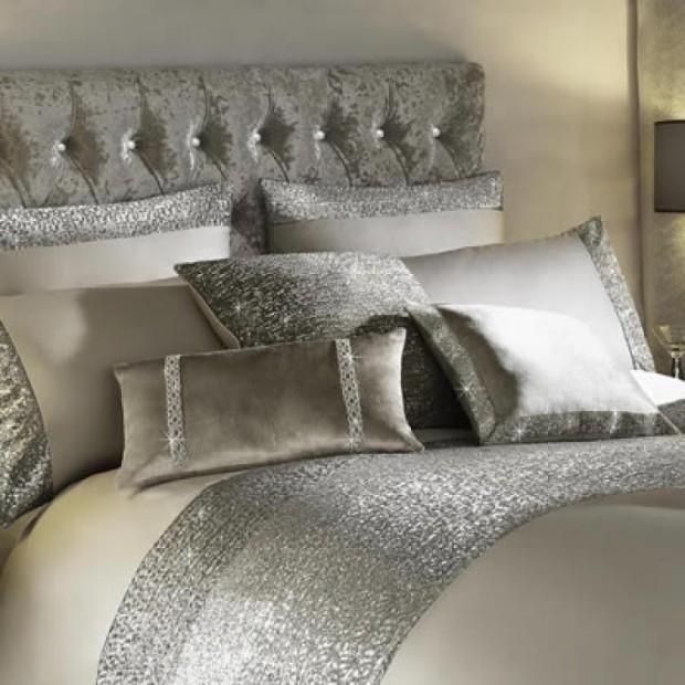 Kylie-mezzano-praline-pillowt-cases-750x750
